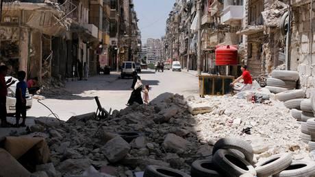 Η Συρία πενθεί – Πάνω από 330.000 οι νεκροί από την έναρξη της κρίσης