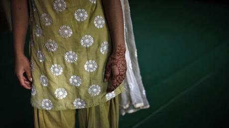 Ινδία: 10χρονη προσέφυγε στο Δικαστήριο και ζητά να κάνει άμβλωση