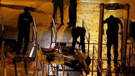 Ισραήλ: Αφαιρέθηκαν οι ανιχνευτές μετάλλου από τις εισόδους της Πλατείας των Τζαμιών (pics)