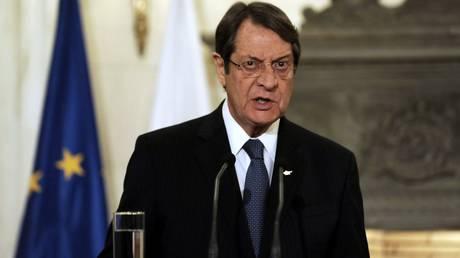Κυπριακό: Ψυχραιμία και υπομονή συνιστά ο Αναστασιάδης