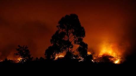 Μάχη με τις φλόγες δίνει εκ νέου η Πορτογαλία