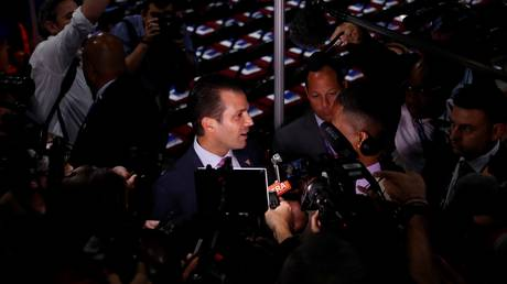Νέες αποκαλύψεις για τον γιο του Ντόναλντ Τραμπ – Η παρουσία Ρώσου κατασκόπου