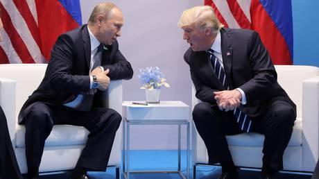 Ο Πούτιν «σύμμαχος» του Τραμπ κατά των ΜΜΕ: «Αυτοί σε ενοχλούν;»