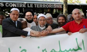 Στο Βερολίνο η πορεία των ιμάμηδων ενάντια στην τρομοκρατία