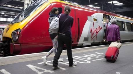Συναγερμός στο Λονδίνο – Εκκένωσαν σταθμό τρένου χωρίς λόγο