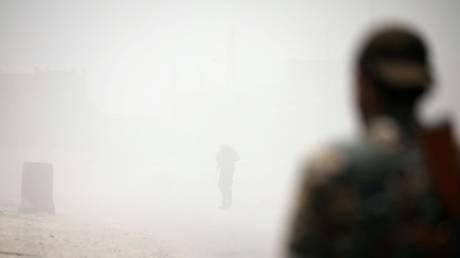 Συρία: Αντάρτες υποστηρίζουν ότι κατέρριψαν αεροσκάφος του καθεστώτος – Παραβιάσεις στην εκεχειρία