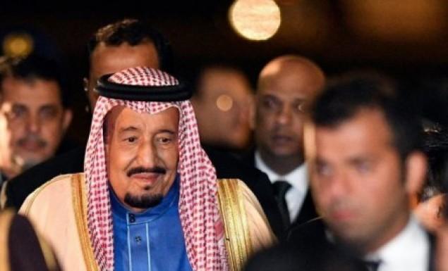 Σ. Αραβία: Ο βασιλιάς διέταξε να απολυθεί αρθρογράφος που τον εξυμνούσε πολύ