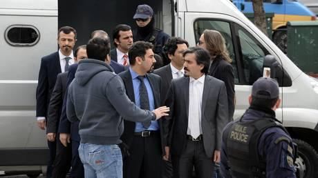 Τούρκος πρέσβης: Περιμένουμε από την Ελλάδα να μας παραδώσει τους 8 πραξικοπηματίες