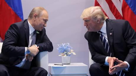 Τραμπ: Πίεσα τον Πούτιν αρκετά – αρνήθηκε με στόμφο εμπλοκή στις εκλογές μας