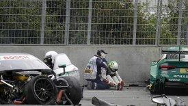 Eνας τραυματίας σε σφοδρή σύγκρουση στο DTM (vid)