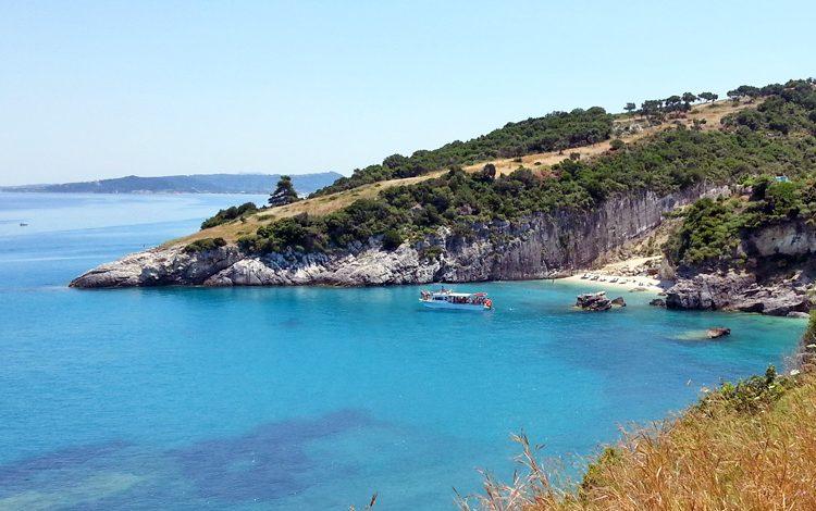Ξύγκια. Η ελληνική παραλία που τα νερά της περιέχουν θειάφι! Κολυμπώντας θεραπεύεις πόνους και αρθρίτιδες!