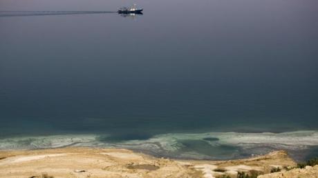 «Ετοιμοθάνατη»… η Νεκρά Θάλασσα