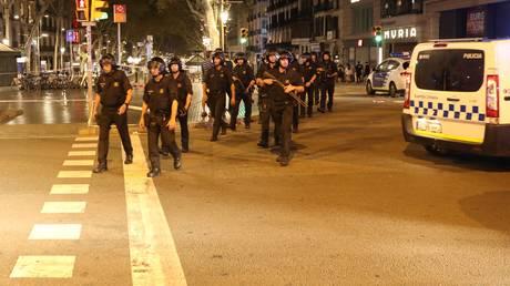 Επιθέσεις στην Ισπανία: Οκταμελή πυρήνα «βλέπουν» οι Αρχές πίσω από τα χτυπήματα