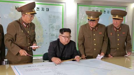 Η Βόρεια Κορέα έτοιμη για εκτόξευση πυραύλων στη Γκουάμ – Δεν συζητά το πυρηνικό της πρόγραμμα