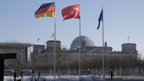 Η πλειοψηφία των Γερμανών υπέρ της διακοπής των ενταξιακών διαπραγματεύσεων της Τουρκίας