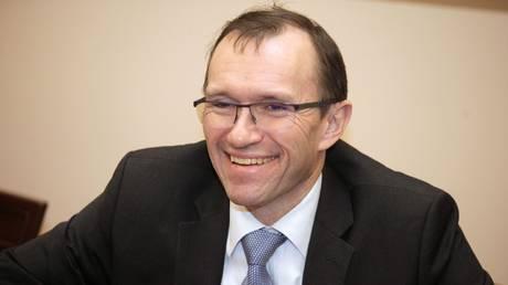 Κυπριακό: Παραιτήθηκε ο Άιντε – θέτει υποψηφιότητα στις εκλογές της Νορβηγίας