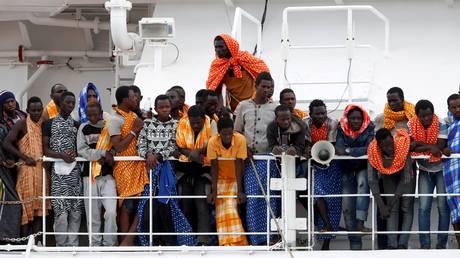 Οι Γιατροί Χωρίς Σύνορα αναστέλλουν τις επιχειρήσεις διάσωσης προσφύγων στη Μεσόγειο