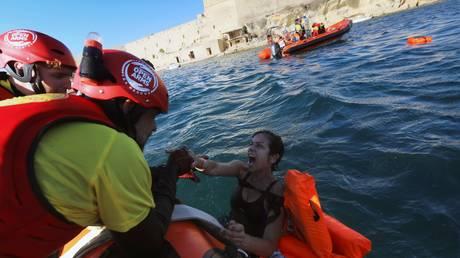 Προσφυγικό: Διακόπτουν τις επιχειρήσεις στη Μεσόγειο ακόμη δύο ΜΚΟ