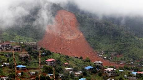 Σιέρα Λεόνε: Ο αριθμός των νεκρών από τις πλημμύρες υπερβαίνει τους 400