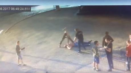 Συγκλονιστικό βίντεο : Καρέ καρέ ο θάνατος Ρώσου αρσιβαρίστα σε καυγά