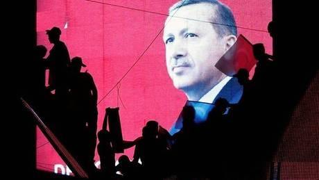 Τουρκία: Νέα εντάλματα σύλληψης και προφυλακίσεις για συμμετοχή στο πραξικόπημα
