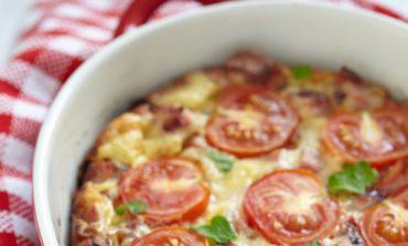 Φριτάτα με ντομάτες και ζαμπόν
