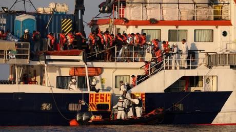 Times: Ενδείξεις ότι η ΕΕ κινείται προς ρεαλιστική κατεύθυνση στο μεταναστευτικό