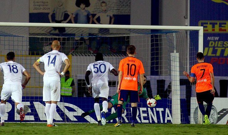 Λαμία-Ολυμπιακός 0-1: Έπαιξε με τη φωτιά, αλλά δεν… κάηκε