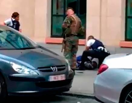 Επίθεση με μαχαίρι εναντίων στρατιωτών στις Βρυξέλλες [εικόνες]