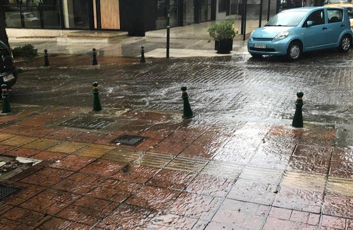Μια καλοκαιρινή βροχή στην Κηφισιά. Video και φωτό.