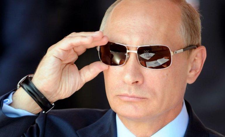 Γιατί ο Βλαντιμίρ Πούτιν είναι τόσο ισχυρός; video