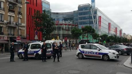 Έφοδος αστυνομικών σε διαμέρισμα στη Γαλλία – Βρέθηκαν ύποπτα υλικά (pics&vid)