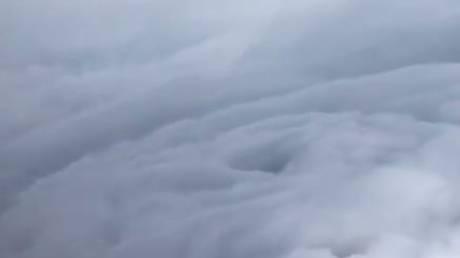 Ίρμα: «Κυνηγοί καταιγίδων» κατέγραψαν το μάτι του τυφώνα (Vid)