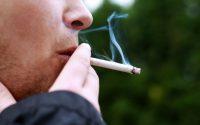 Όσο περισσότερα τσιγάρα, τόσο λιγότερη η τεστοστερόνη
