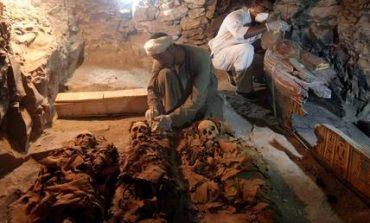 Αίγυπτος:Σπουδαία ανακάλυψη φαραωνικού τάφου 3000 ετών (pics)