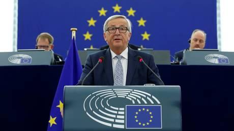 Γιούνκερ: H EE έχει περισσότερο παρά ποτέ ανάγκη μια ισχυρή γερμανική κυβέρνηση