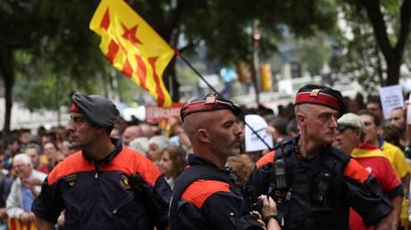 Ενισχύονται οι αστυνομικές δυνάμεις της Μαδρίτης στην Καταλονία
