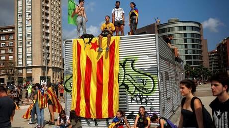 Επιστολή 56 ευρωβουλευτών στον Ραχόι για τις εξελίξεις με την Καταλονία