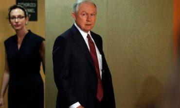 ΗΠΑ: «Τεστ αλήθειας» για τις διαρροές πληροφοριών του Λευκού Οίκου προτείνει ο Σέσιονς