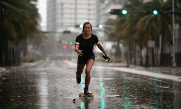 Η Ίρμα άρχισε να ξεσπά τη μανία της στη Φλόριντα