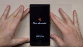Η Lamborghini «βάζει τα γυαλιά» στην Apple (vid)
