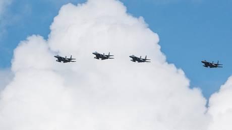 Ιαπωνία: Μαχητικά έκαναν κοινές ασκήσεις με αμερικανικά βομβαρδιστικά