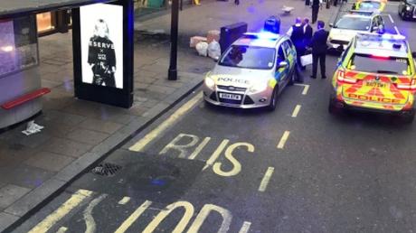Λονδίνο: Συναγερμός από έκρηξη στην Oxford Street (pics & vid)