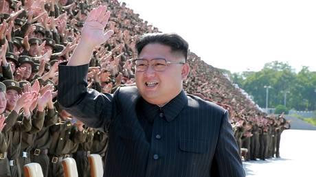 Να «βυθίσει» την Ιαπωνία και να κάνει τις ΗΠΑ «στάχτες» απειλεί η Βόρεια Κορέα