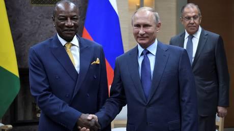 Ο Πούτιν διέγραψε χρέη χωρών της Αφρικής που ξεπερνούν τα 20 δισ. δολάρια