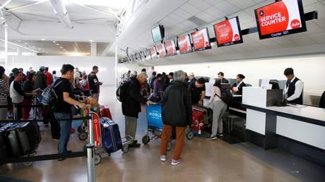 Παγκόσμιο χάος στα αεροδρόμια από την κατάρρευση του συστήματος check-in