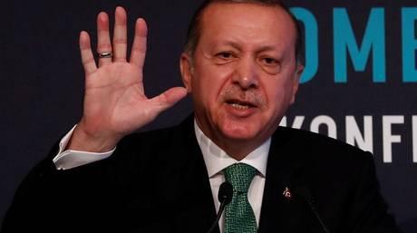 Πρόταση Ερντογάν στις ΗΠΑ να ανταλλάξει τον Γκιουλέν με Αμερικανό πάστορα