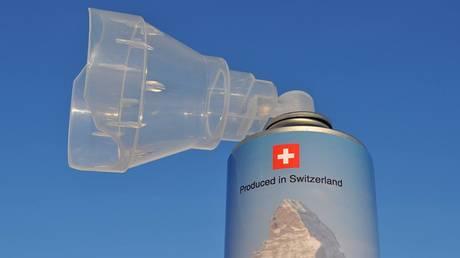 Σουηδική start-up πουλάει εμφιαλωμένο «ελβετικό αέρα» (Pics+Vid)
