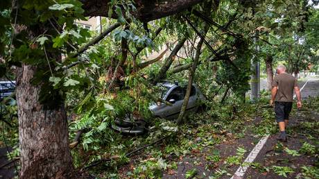 Σφοδρή καταιγίδα με πολλούς νεκρούς και τραυματίες στη Ρουμανία (pics)