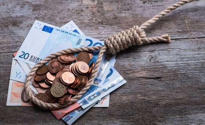 Δύο δισ. ευρώ απλήρωτοι φόροι τον Ιούλιο
